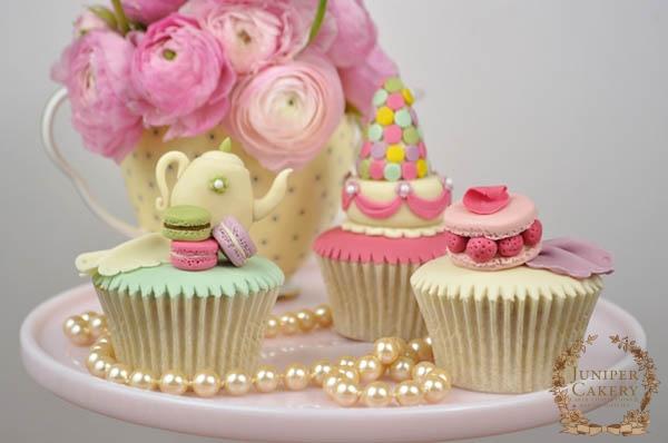 Parisian Macaron Cupcakes Made by Tinting Fondant