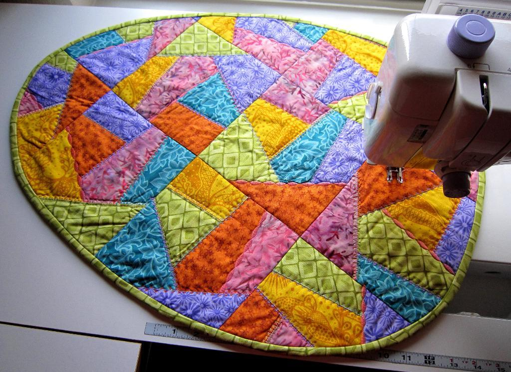 Quilted Egg - Bluprint Member Pattern