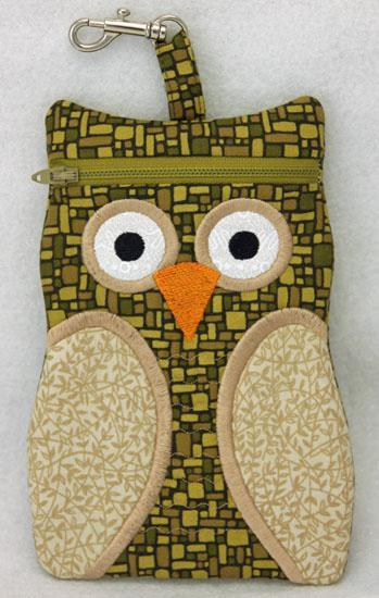Machine Embroidery Owl Zipper Cases by EmbGarden