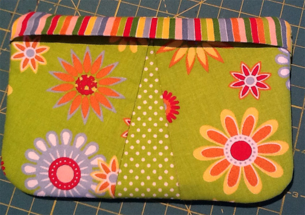 My First In The Hoop Pouch by Craftsy member gutemine