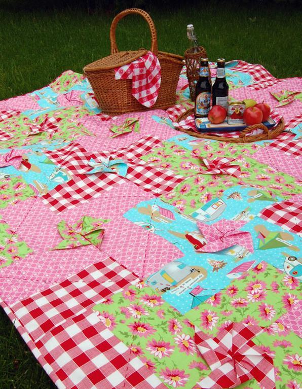 Pinwheel Picnic Quilt: Pattern on Bluprint.com
