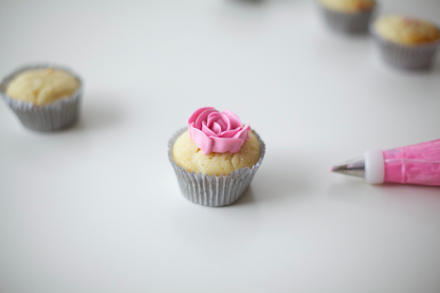 Piped Buttercream Rose on a Cupcake