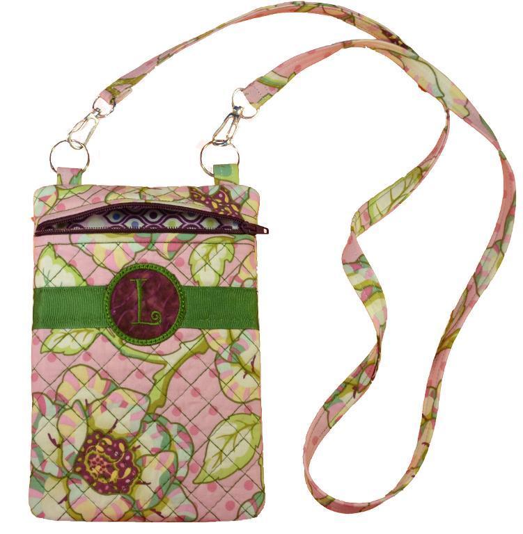 Sew Trendy Bag In The Hoop by Craftsy member Lisa Archer