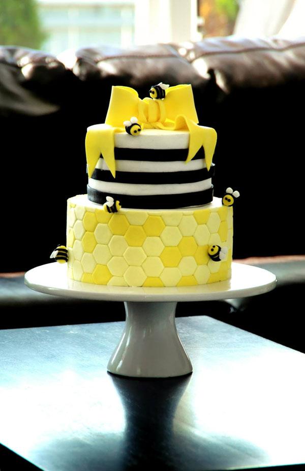 Tiered Bumble Bee Cake, Bluprint.com