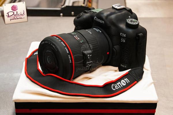 Camera cake by Dolci Pasteleria