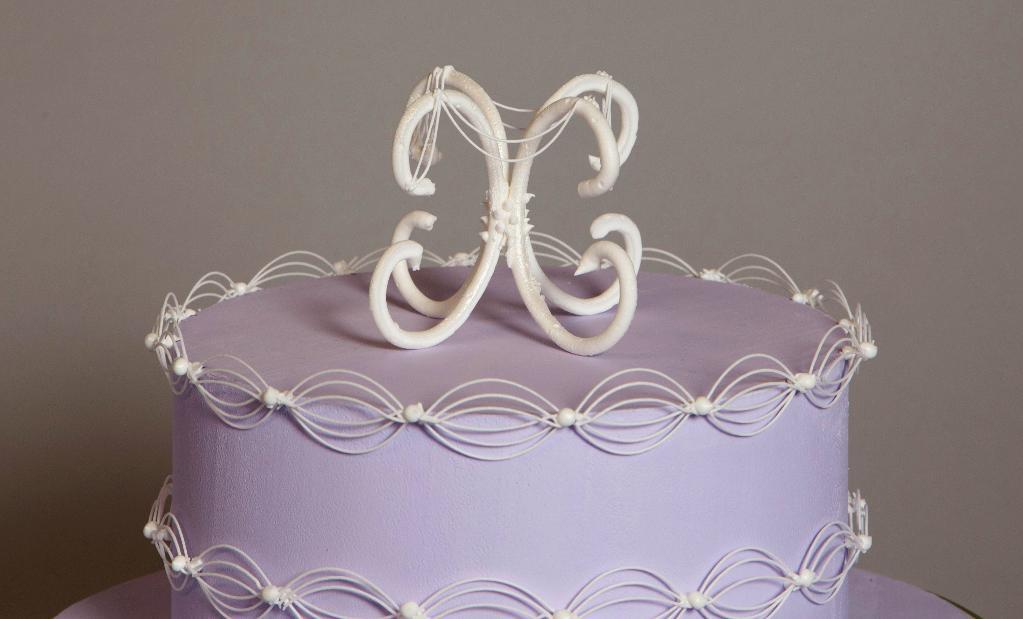 Stringwork Cake Topper - by Bluprint Member