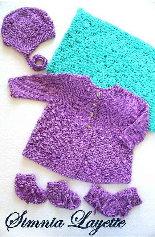 Simnia knit layette set