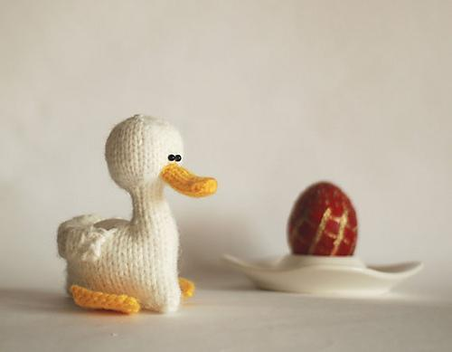 Knitted duck