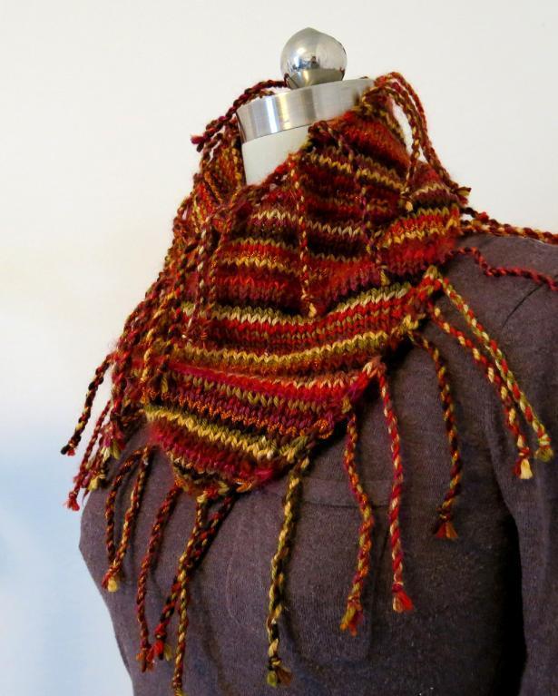 Raissa knit cowl with fringe