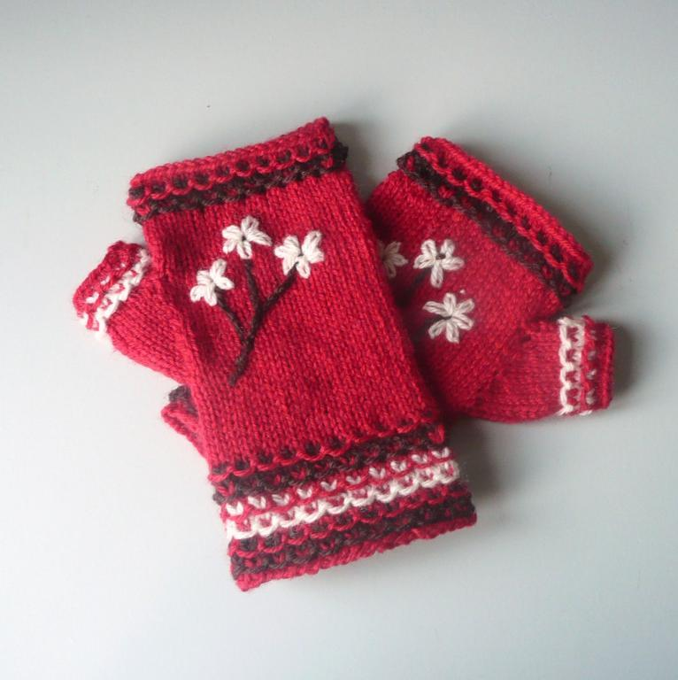 Blossom knitted and embroidered fingerless gloves