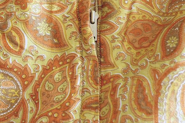 Zipper on Vintage Paisley Dress