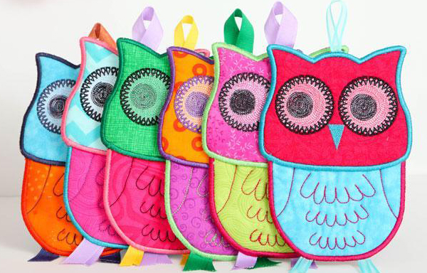 Sue O darling owl potholders from Bluprint class In the Hoop Gifts
