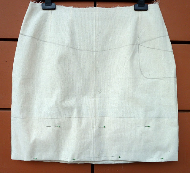 Draw out your pattern design on an original skirt block