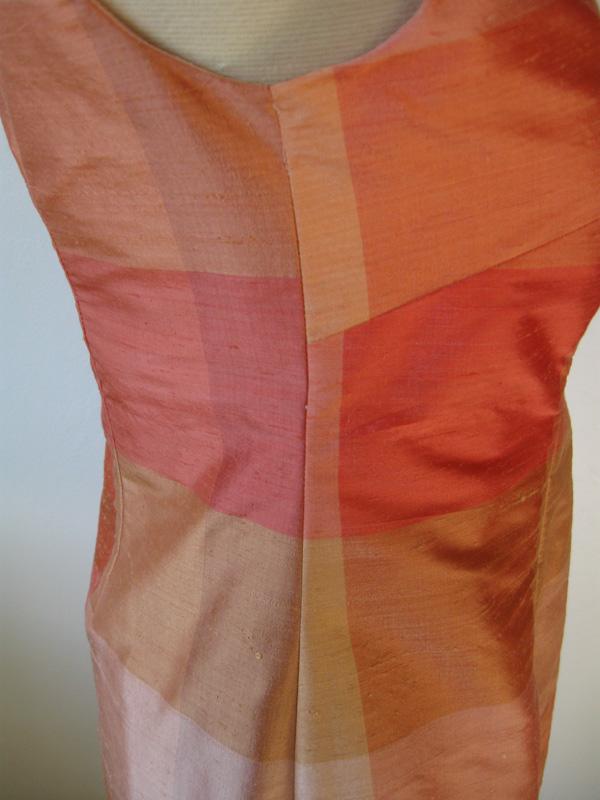 Plaid dress side seam