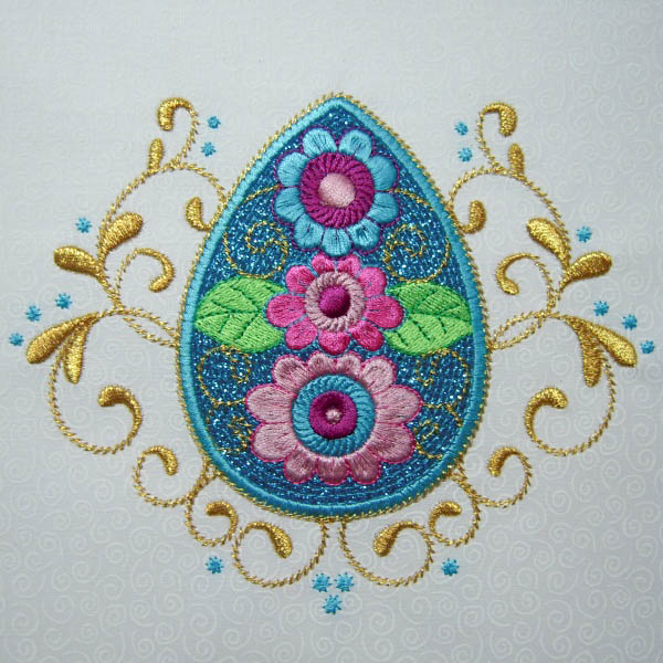 Appliqué with glitter flake heat transfer vinyl