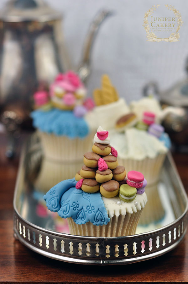 French themed cupcake topper tutorial by Juniper Cakery