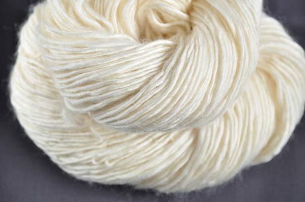 Singles handspun yarn
