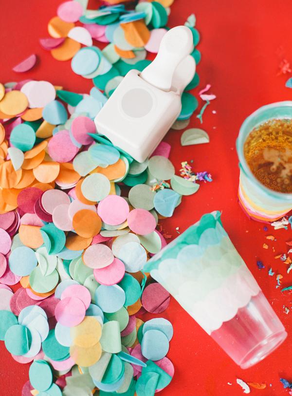 Paper party confetti cups