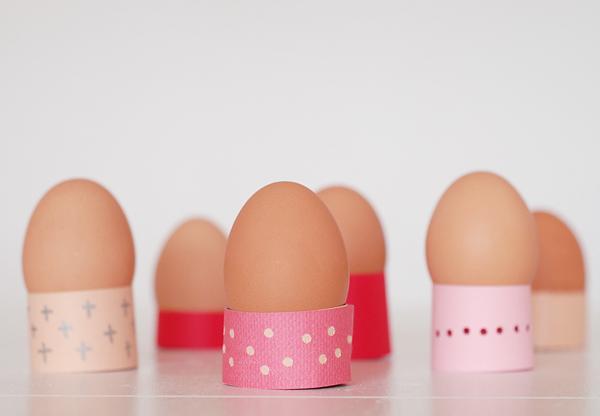 Paper Easter Egg Holders - Paper Crafts Tutorial on Bluprint.com
