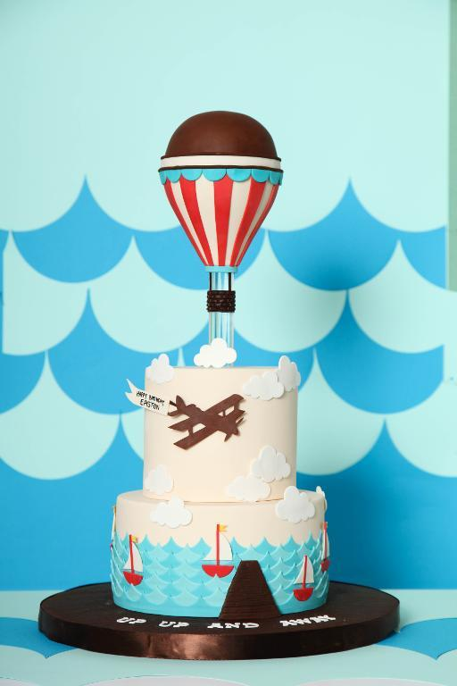 Hot Air Balloon Cake - Bluprint.com