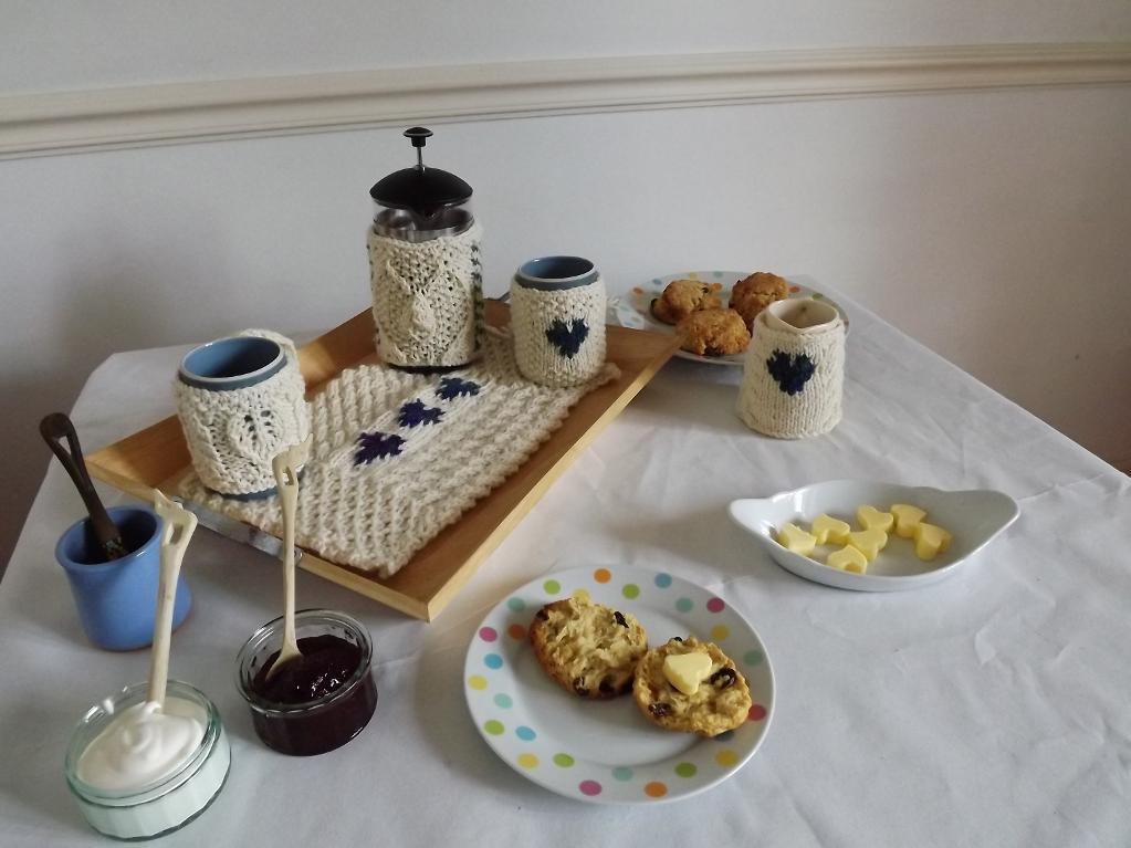 Love and scones knitted tea set