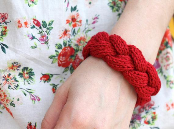 Cable braid knit bracelet