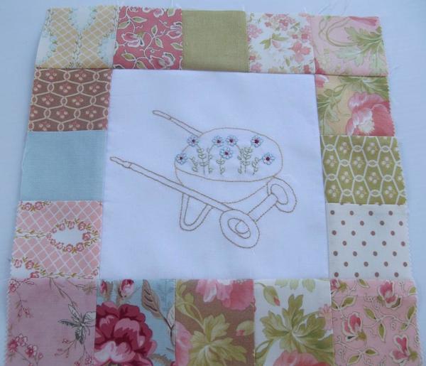 Up the Garden Patch Quilt: Bluprint Member Pattern