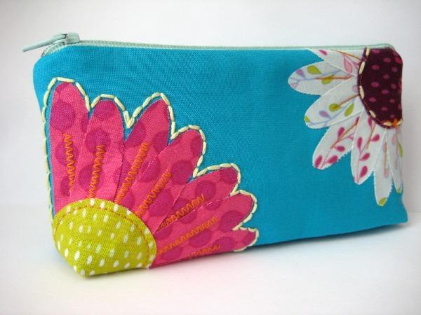 Free Flower Zipper Pouch Sewing Pattern on Bluprint!