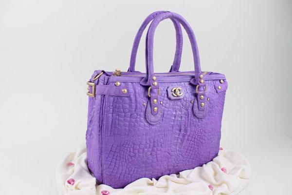 Purple handbag cake by Trang Nguyen