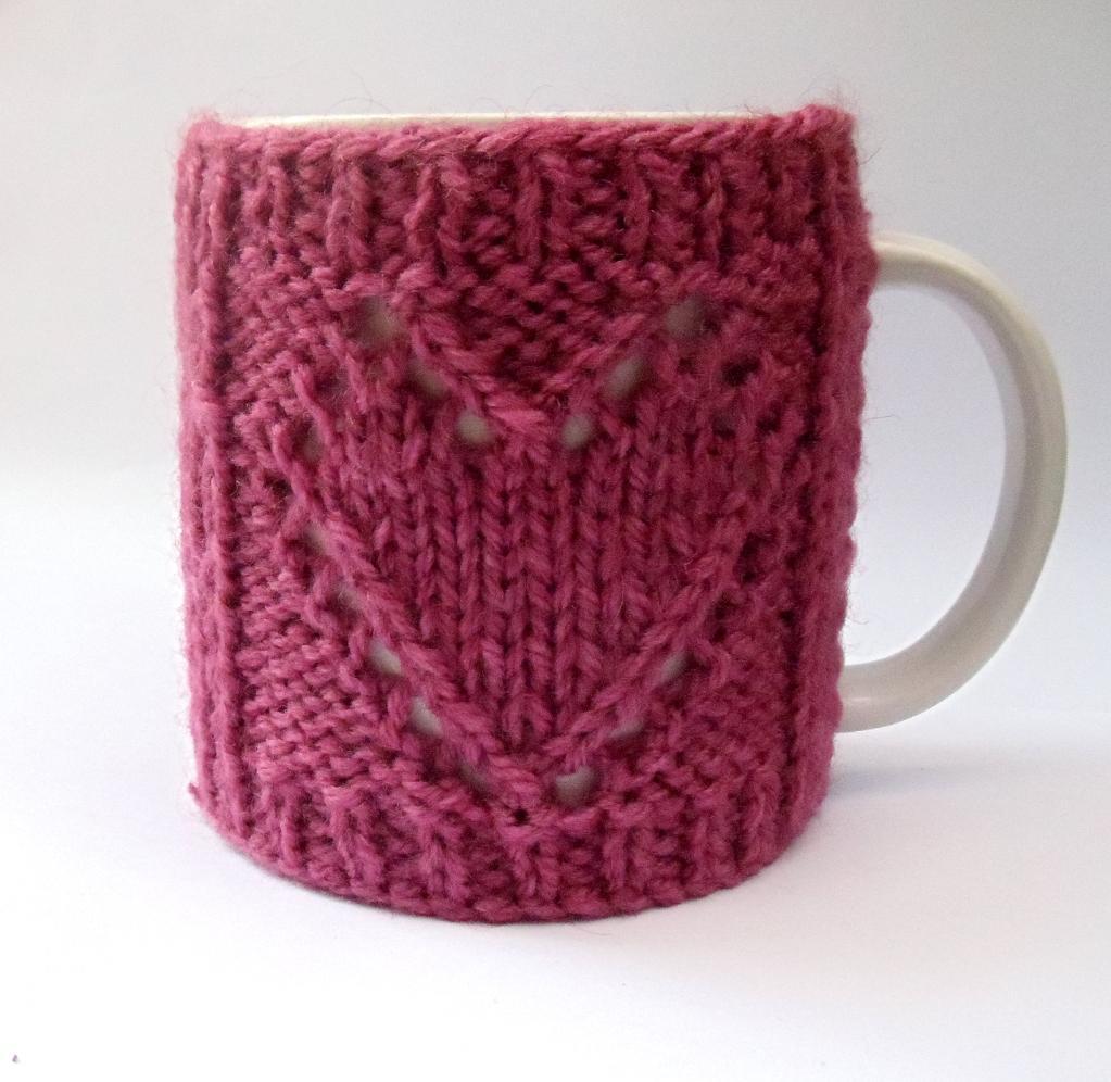 Knitted heart mug cozy