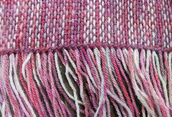 scarf with hem stitching