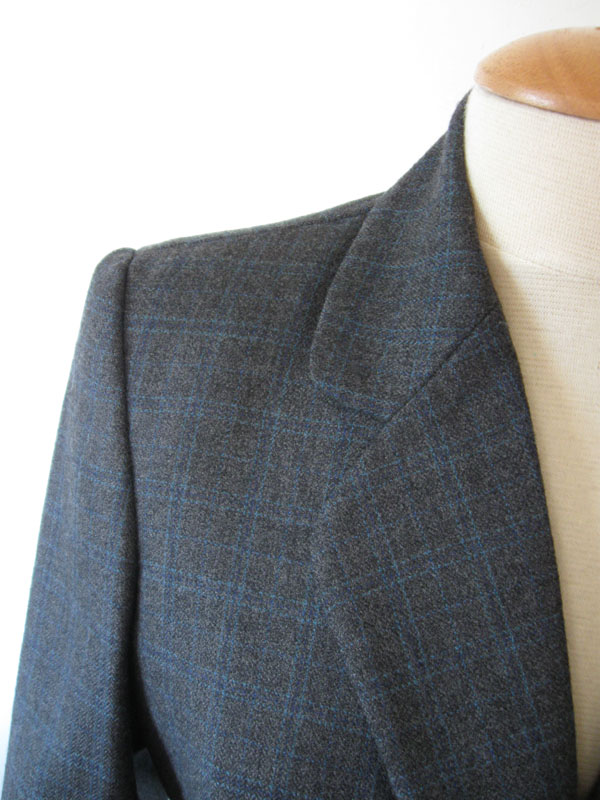 plaid collar and lapel