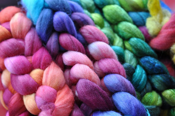 dyed spinning fiber