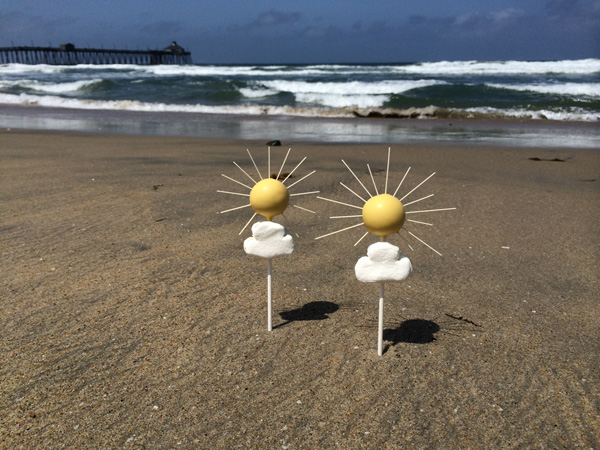cake pops on beach