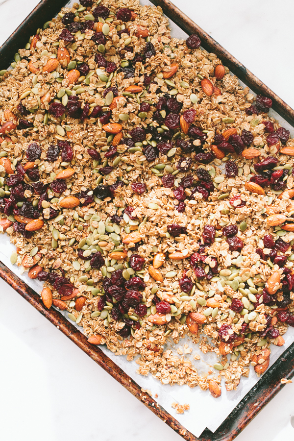 Simple oven-toasted homemade granola