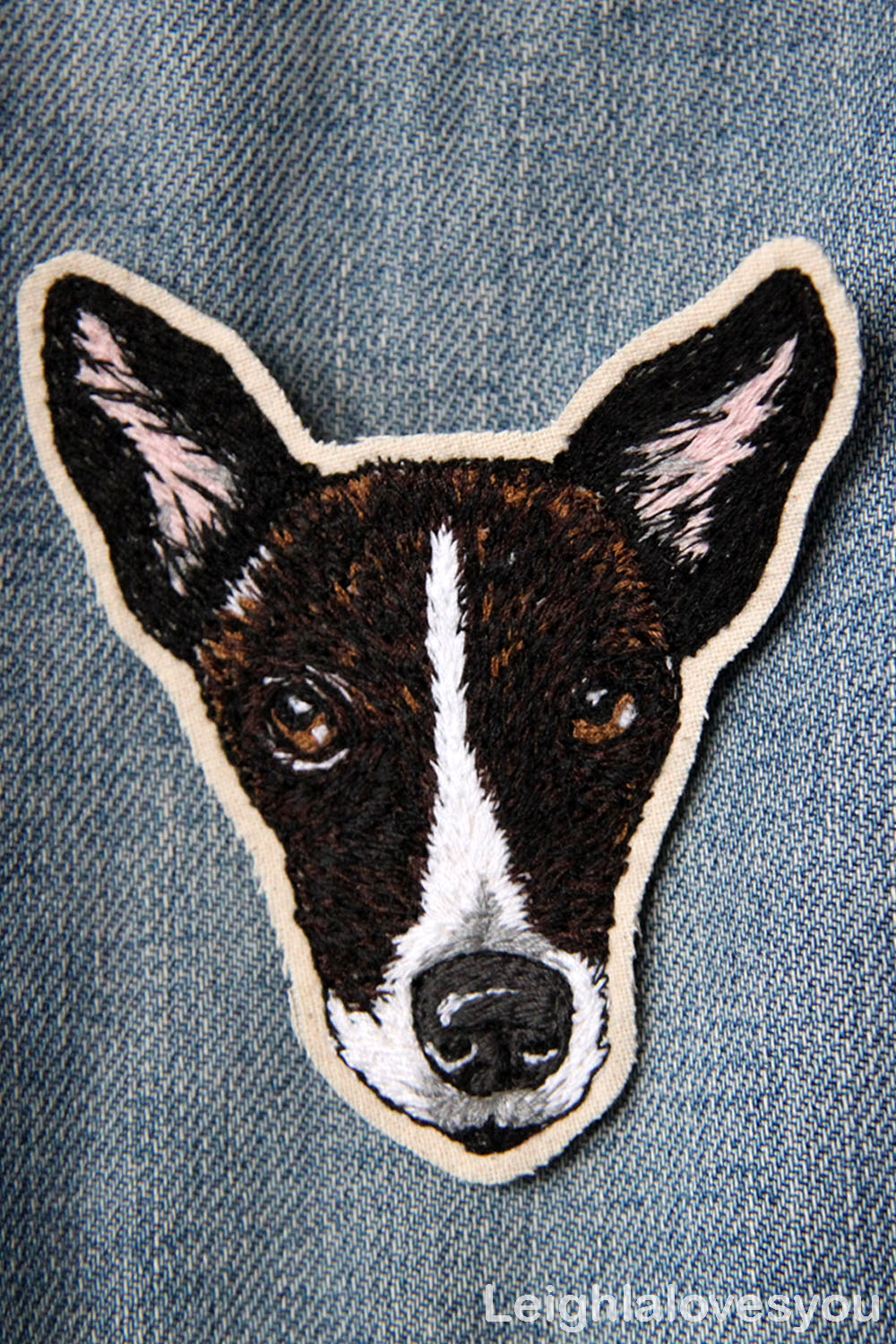 free hand machine embroidered portrait of a dog