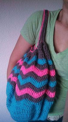 Free Crochet Pattern on Bluprint - Chevrolicious Summer Carry