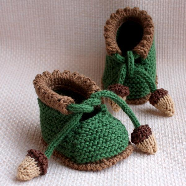 Knitted acorn baby booties
