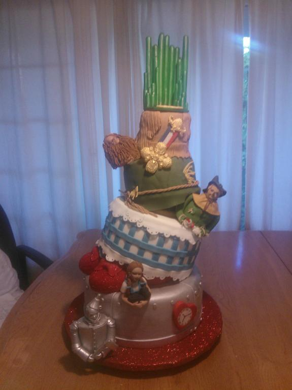 Wizard of Oz-themed Cake