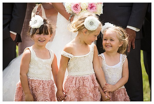 Flowergirls in pink and ivory dresses