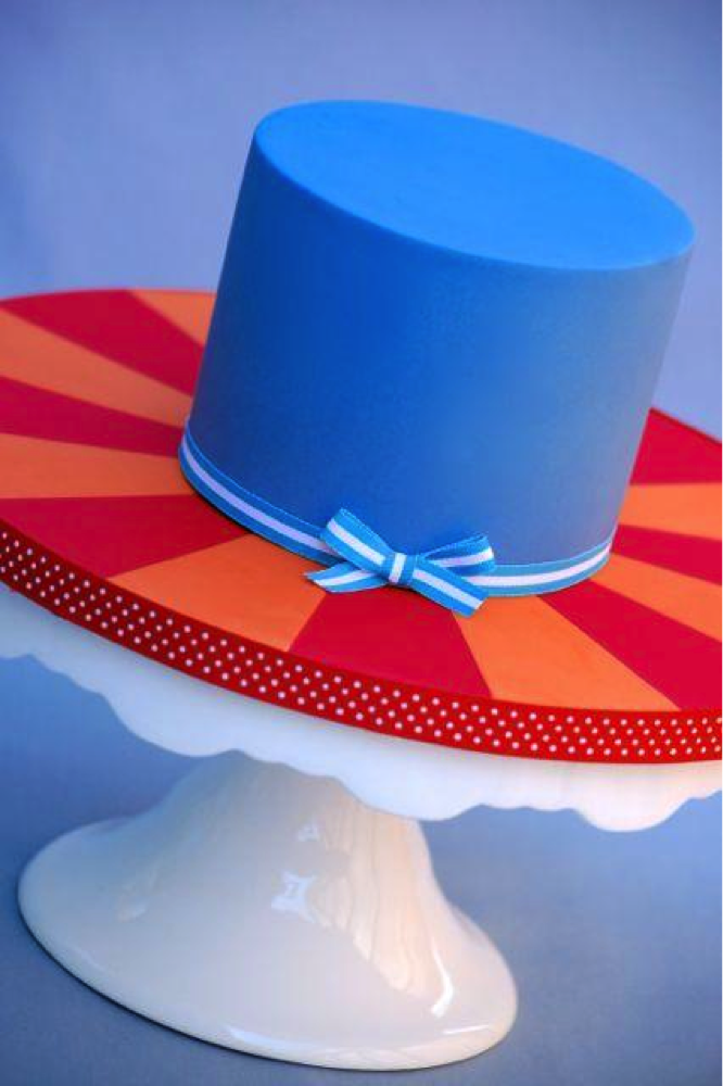 Single Blue Tier of Cake On A Starburst Cake Board Design - Bluprint.com