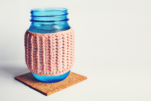 Crocheted rib jar cover