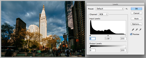 Original, unedited city photograph in Photoshop