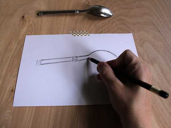 drawing a spoon