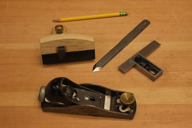 Tools for making a rabbet joint