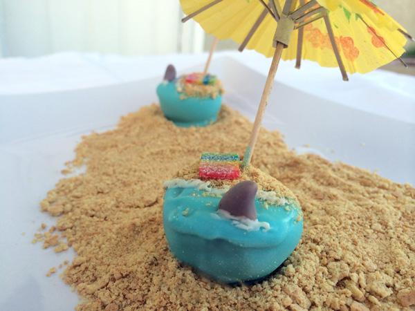 shark beach cake pop