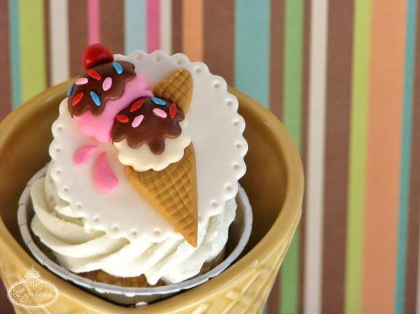 Ice Cream Fondant Cupcake Topper