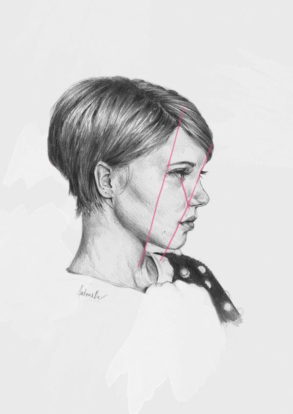 feature alignment on portrait sketch of Lea Seydoux