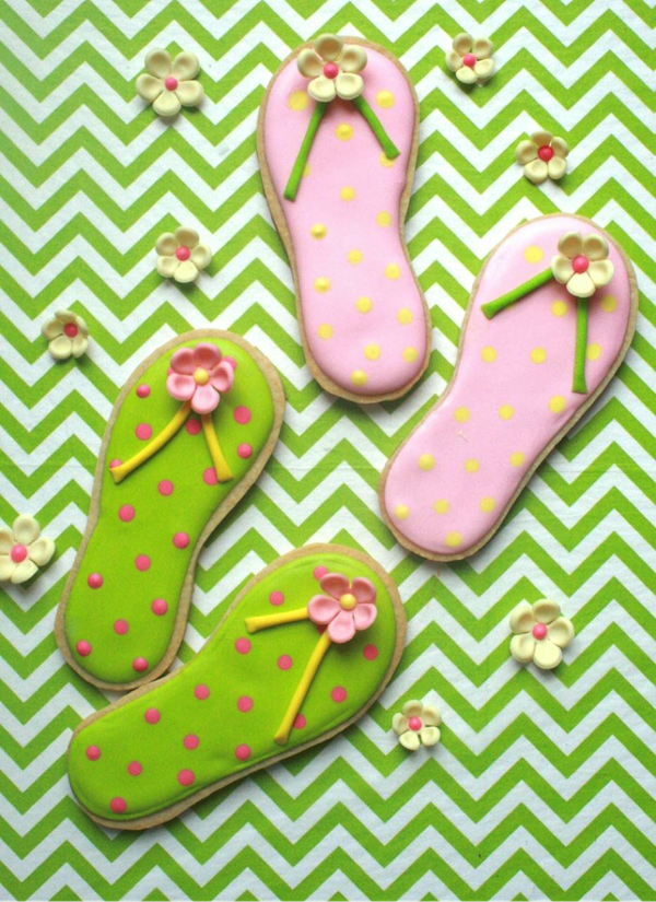 Finished Flip Flop Decorated Sugar Cookie!