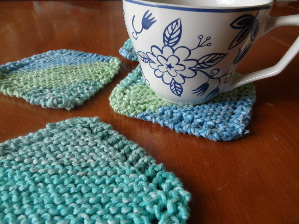 Simple knit coasters
